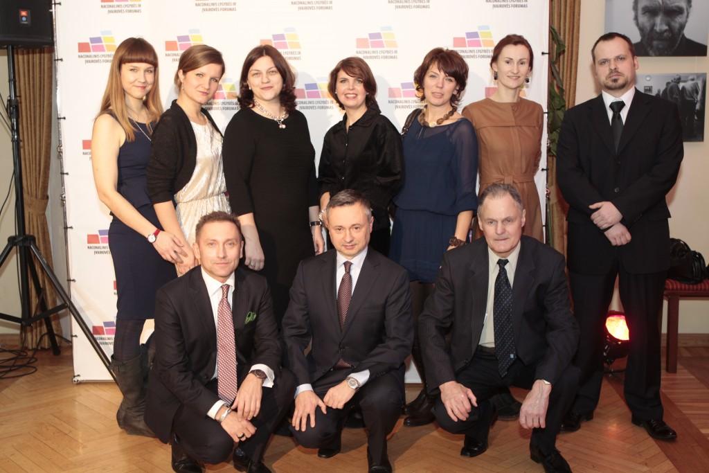 Nacionalinio lygybės ir įvairovės forumo komanda per pirmuosius apdovanojimus 2014 m.