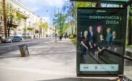 LGL socialinės reklamos plakatas transporto laukimo paviljone