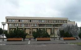 vilnius-lithuanian-parliament-building-02